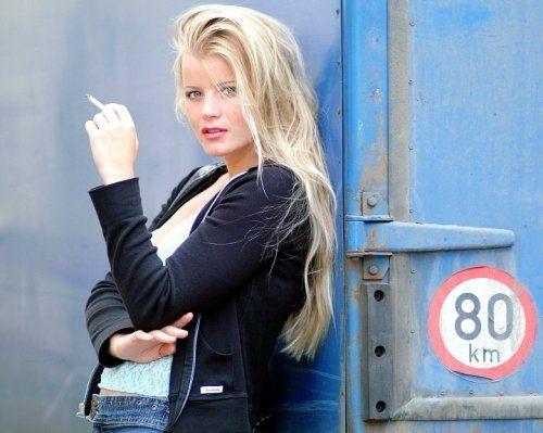 http://imageban.ru/out/2009/07/04/39c7500bde61cf4eb8f5510fcf88fba9.jpg