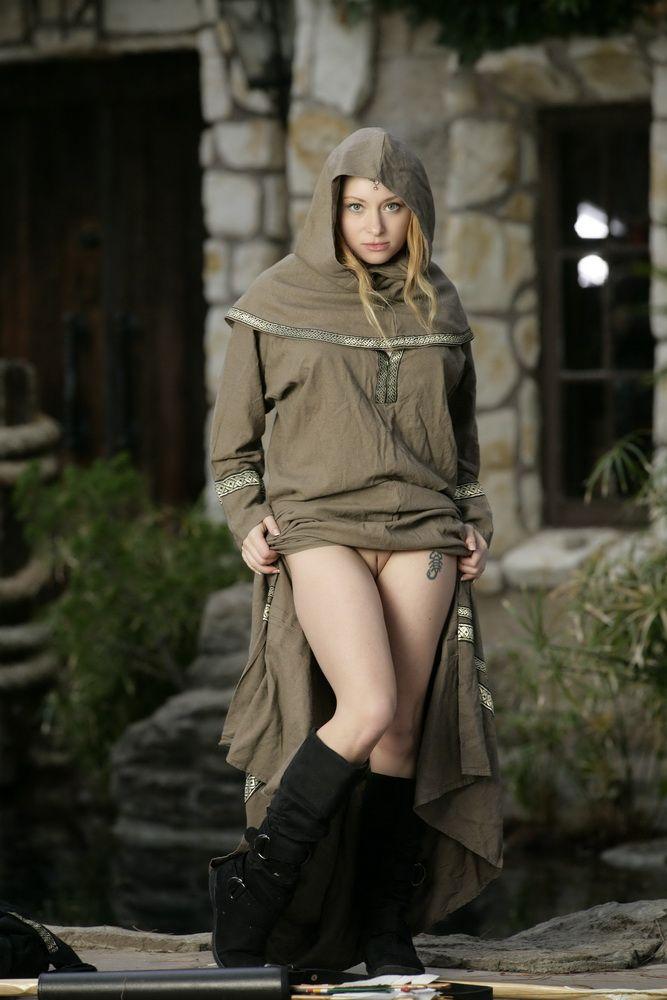 http://imageban.ru/out/2009/08/21/aa1ead75cb5e1a6adf6cf6530f26b0a6.jpg